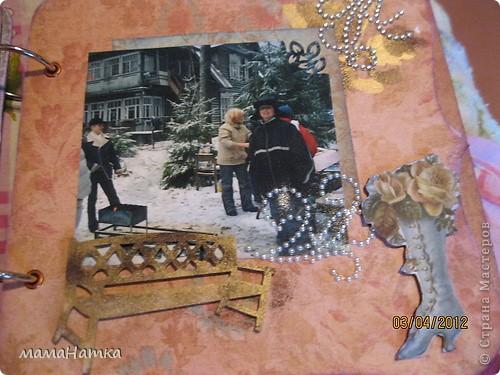 Одна наша приятельница уже семь живет в Канаде, приезжая иногда в родной город. Захотелось сделать альбом, который напоминал бы о нашем городе. Медный всадник и Исакий , трудно представить что-то более питерское, может корюшку только.  фото 4