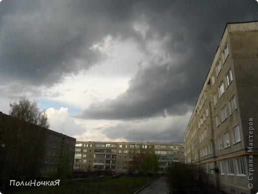 И разыгралась у нас страшная буря. Осветилось все белым цветом и поползли серые тучи. фото 4