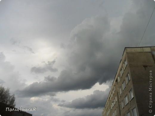 И разыгралась у нас страшная буря. Осветилось все белым цветом и поползли серые тучи. фото 5