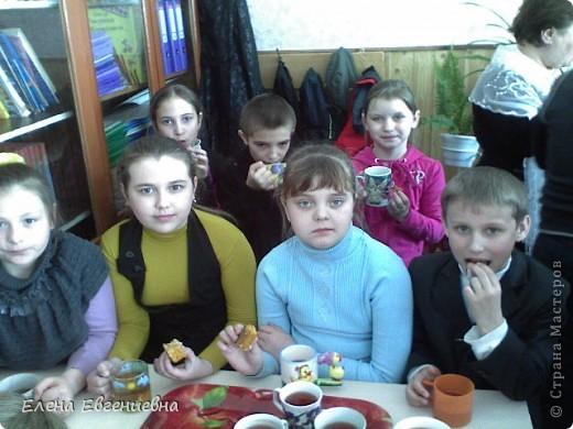 Второклассники на неделе Окружающей среды пригласили нас на свой воспитательный час. Гостей радушно встретили: Бабушка-травница, ... фото 7