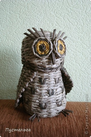 Что только не символизирует сова! Но мы выбираем самое нужное и плетём сову-шкатулку.