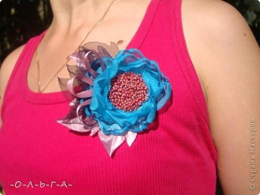 Здравствуйте мои хорошие жители СМ! По натворила я тут!!! Дочь попросила сделать какие-нибудь цветочки к ее маечки...  фото 7