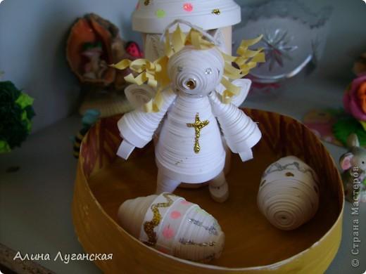 Ангелочка делала по МК не помню кого. А вот яйца и кулич сама. фото 2