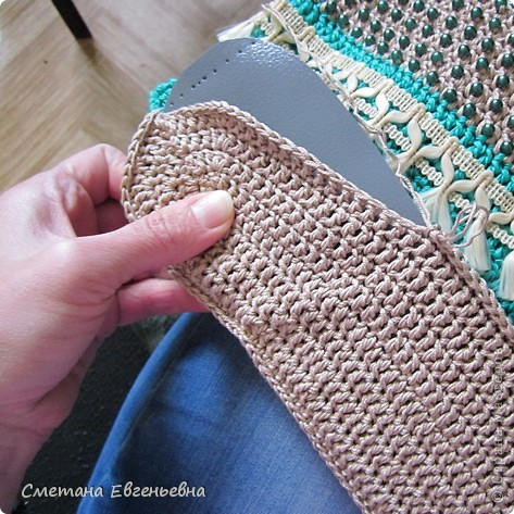 Вот такая летняя сумка связалась для конкурса. Спасибо Ирине Голубке. Благодаря ей в комплект к новым босоножкам добавилась эта нарядная сумочка. Размеры 30см*28см.  фото 7