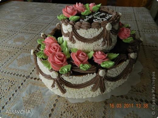 """Торт""""Любимой теще""""-самый обыкновенный бисквитный торт с маслянным кремом...Этот любимый тортик нашего детства очень вкусный,сочный и ароматный...Украшения только из маслянного крема,без мастики,без айсинга и без всяких """"заморочек""""... фото 2"""