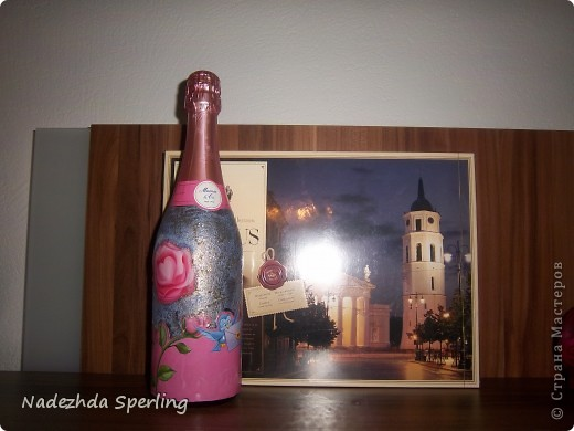 Ткань, акриловые краски, декупажный клей, открытки  ,глина, декоративные камни, блестки  фото 8