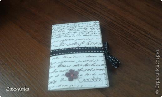 ♥ Привет всем! ♥ Ещё одна моя работа мини-блокнот. Придумала на ходу. Думала, куда пристроить шоколадную ленточку и вот пристроила! фото 1
