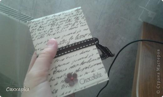 ♥ Привет всем! ♥ Ещё одна моя работа мини-блокнот. Придумала на ходу. Думала, куда пристроить шоколадную ленточку и вот пристроила! фото 5
