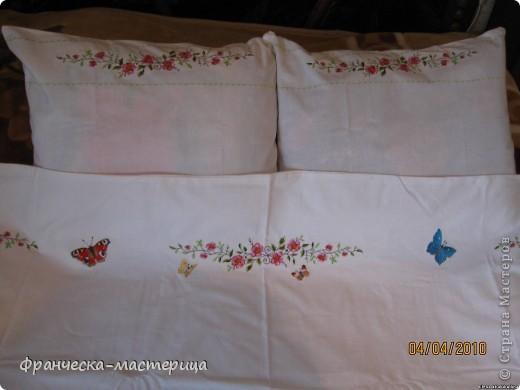 """Двухспальный комплект """"Бабочки"""". Выполнен из бязи с вышивкой гладью. Авторская работа. фото 2"""