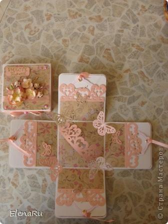 Одна моя очень хорошая знакомая, получив коробочку на серебряную свадьбу заказала для свой сестры на 35-летие со дня свадьбы такую же!!!!!!!!! Эту семью я знаю - это ТАКИЕ ЗАМЕЧАТЕЛЬНЫЕ ЛЮДИ, поэтому и делалась коробочка быстро и с ОГРОМНЫМ вдохновением!!! фото 2