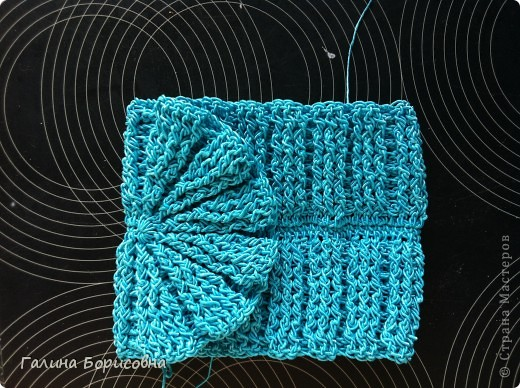 Гардероб Презент от Голубки Вязание крючком Бирюзовая сумочка с бисером Бисер Пряжа фото 4