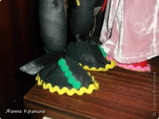 Дорогие друзья! По просьбе выкладываю мини МК - из чего я делаю ступни куклам. Всё очень просто. Покупаю внуку не киндер- сюрприз, а киндер-joi,он открывается по другому... фото 5