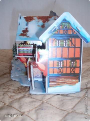 Артуша собрал вот такой домик - пазлы 3 Д фото 3