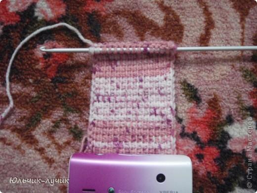 Начала осваивать технику тунисского вязания и решила связать незатейливый чехол! фото 2