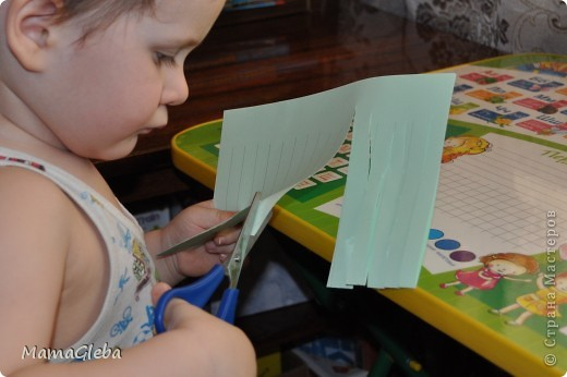 Всё, представленное ниже, делалось с сыном, которому было 2 года и 2 месяца. Букетик замечательный. Идея не моя, взята здесь, в Стране Мастеров. фото 2