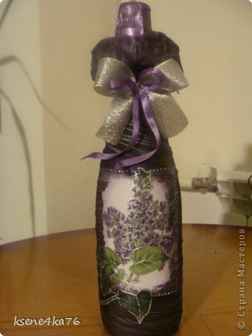 Вот и я попробовала задекорировать бутылочки  на подарки.  Вот что получилось... фото 2