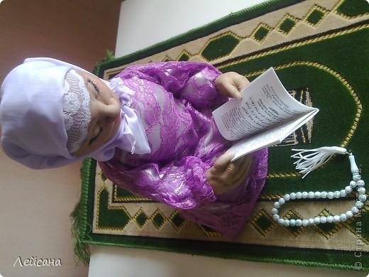 Для разносторонности знаний опишу некоторые детали совершения молитв для мусульманок, может кому-то и будет интересно фото 1