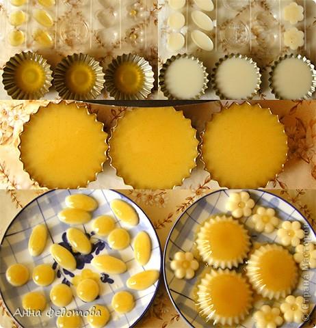 Слоёный желейный тортик с необычным, нежным вкусом! Да ещё и витаминный! Белое желе – ряженково-лимонное, оранжевое – яблочно-облепиховое. фото 6