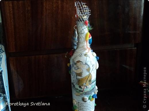 Захотелось сделать в подарок вот такое панно- держатель для штопора. Вообще это уже второе (первый подарила и не успела сфотать). фото 14