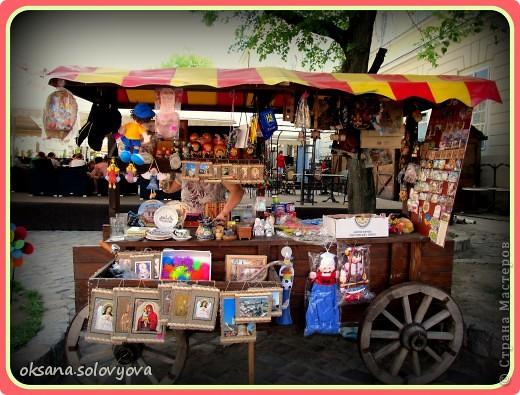 """Доброго времени суток, дорогие Мастерицы! Выставляю на ваш суд вторую часть отчета о поездке во Львов. Здесь я собрала все """"вдохновлялки"""" какие смогла сфотографировать, а вторая часть для сладкоежек. фото 8"""