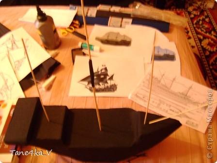 """Здравствуйте!  Представляю вам, пиратский корабль """"Черная жемчужина""""! сделан мной в подарок моему родному брату на  33-летие!!!  Ниже я делюсь с вами МК :)  Начнем! как я делала корабль.... фото 18"""