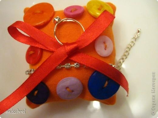 Вот такой вариант упаковки колечка и браслетика для маленькой модницы
