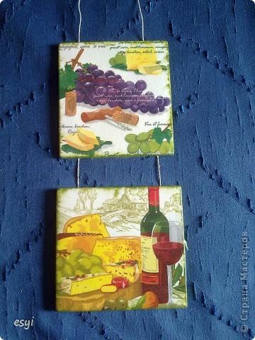 Сделалось два вида гипсовых панно на кухню. Первое с виноградом. фото 1