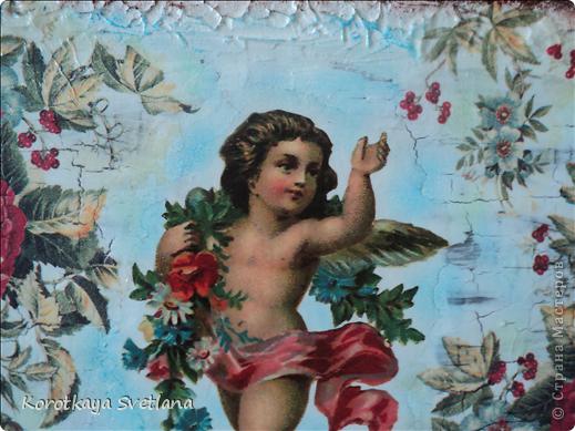 Вот такое панно получилось благодаря Наташеньке (мусик27), которая мне прислала декупажные карты с ангелочками.Делала на фанере, по краям шпаклевка.   фото 2