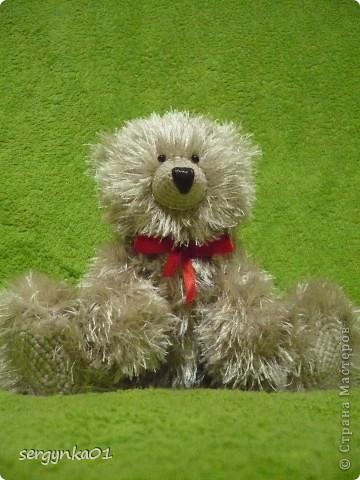 Еще один медвежонок, связанный мною в подарок ко дню рождения!!! Зовут его Сёмушка!!! фото 3
