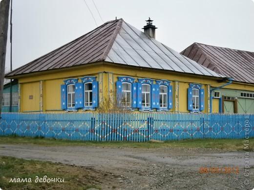 Дорогие мастерицы приглашаю совершить с нами путешествие по нескольким из красивейших мест Урала, 7 мая поздно вечером мы вдруг с мужем решили прокатиться, да никуда нибудь рядом, а  аж за 200 км, что бы посмотреть Оленей, отправляемся мы на родину Мамина - Сибиряка п. Висим, а по пути заезжали посмотреть красивые места. Ну что начнем наше путешествии..... Это наша первоя остановка в г. Невьянск, пошли смотреть падающую башню. фото 16