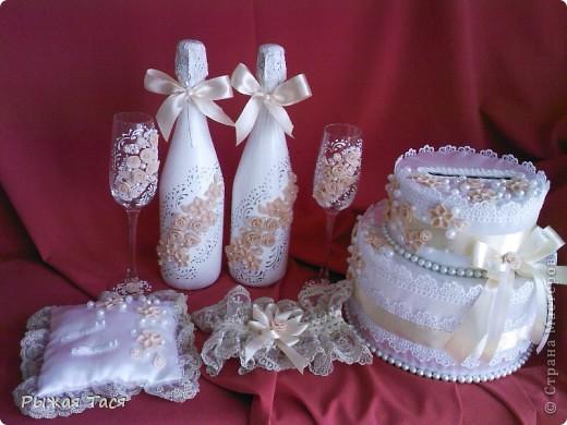 Доброго времени суток мастерицы))) представляю вашему обзору свой первый свадебный набор, идею подсмотрела у Ирины И.)))))  фото 1