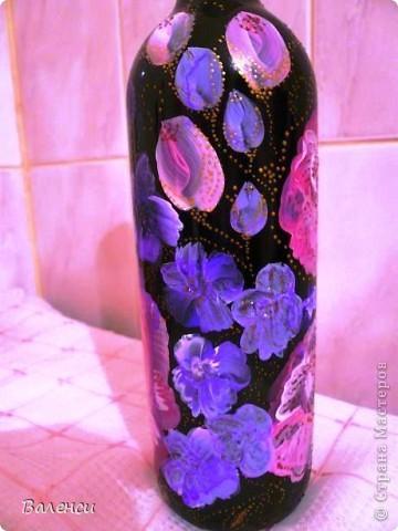 """Мама поехала в гости к подруге в Рязань, и попросила меня  """"изобразить"""" необычный подарок. Я подумала и решила бутылка хорошего вина в красивой таре всегда хороший необычный презент... фото 2"""