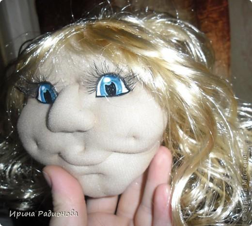долго вынашивала идею  создания этой куклы , и вот наконец-то свершилось. Сразу хочу извиниться за то что мастер-класс не совсем подробный. не было возможности все запечатлеть. Высота куклы где-то  60 см.  фото 4