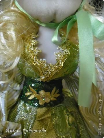 долго вынашивала идею  создания этой куклы , и вот наконец-то свершилось. Сразу хочу извиниться за то что мастер-класс не совсем подробный. не было возможности все запечатлеть. Высота куклы где-то  60 см.  фото 14