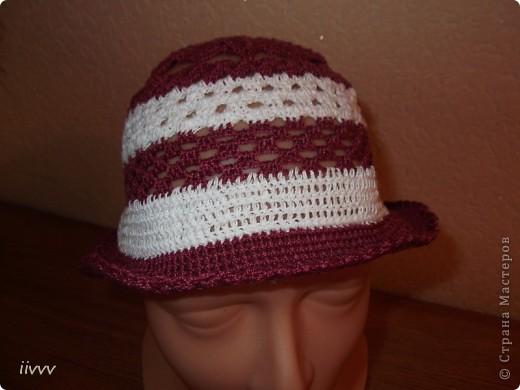 Связала шапочку и шляпку для доченьки, фотографироваться малышка не хочет, пришлось на манекене фоткать. фото 1