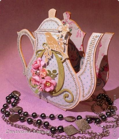 """Доброго времени суток ВСЕМ!!! Сегодня я снова со своим """"заболеванием"""" - чайничком, но в новом качестве. Чай родители в пакетиках не пьют, поэтому сделала салфетницу. Мой маленький подарочек для любимой мамочки!  фото 11"""