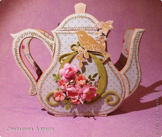 """Доброго времени суток ВСЕМ!!! Сегодня я снова со своим """"заболеванием"""" - чайничком, но в новом качестве. Чай родители в пакетиках не пьют, поэтому сделала салфетницу. Мой маленький подарочек для любимой мамочки!  фото 1"""