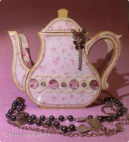 """Доброго времени суток ВСЕМ!!! Сегодня я снова со своим """"заболеванием"""" - чайничком, но в новом качестве. Чай родители в пакетиках не пьют, поэтому сделала салфетницу. Мой маленький подарочек для любимой мамочки!  фото 3"""