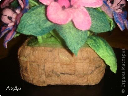 Валяная корзина с цветами фото 8