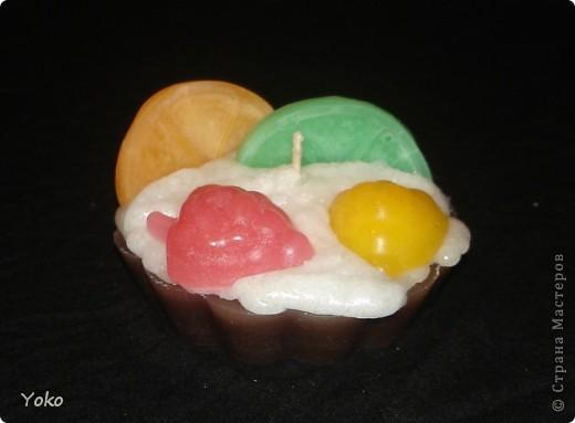 Давно я не появлялась и пришла с новыми свечами: давно хотела сделать пироженки. И как всегда фотоотчет по ходу работы. Начнем фото 13