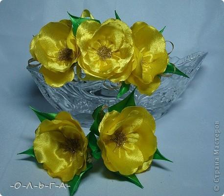 Приветствую жители СМ! У нас на Кубани все цветет и пахнет... Проходя по улице как-то раз я увидела цветущий шиповник, он так мне понравился что захотелось что-то такое создать. фото 1