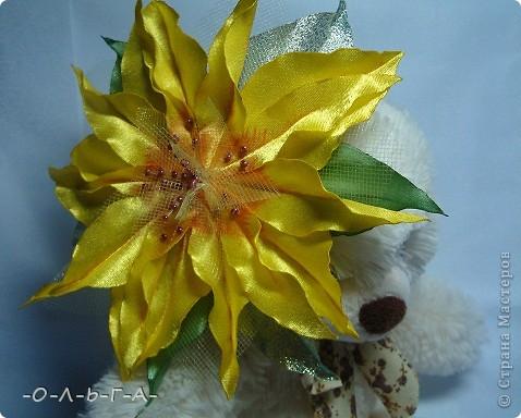 Приветствую жители СМ! У нас на Кубани все цветет и пахнет... Проходя по улице как-то раз я увидела цветущий шиповник, он так мне понравился что захотелось что-то такое создать. фото 11