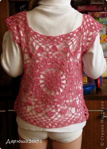 Вот и опять обновочка для дочки-туника из остатков ниток от маминого платья http://stranamasterov.ru/node/376251. Туника связалась очень быстро - за один день. Фото со спины (перед идентичен). :-) фото 2