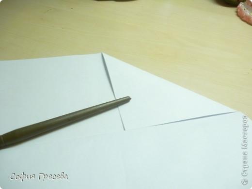 Такая открытка  делается за 5 минут. В этом мк я делала из обычного белого листа просто на показ , но если вы делаете её в подарок то лучше сделать из цветной бумаги. фото 8