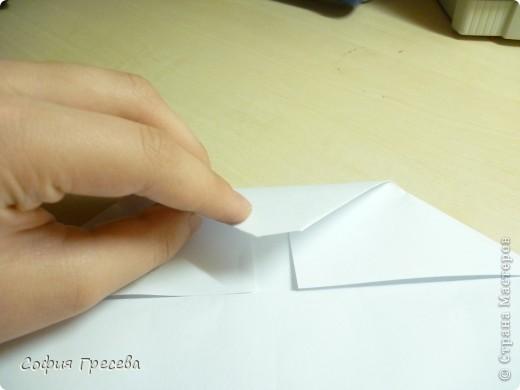 Такая открытка  делается за 5 минут. В этом мк я делала из обычного белого листа просто на показ , но если вы делаете её в подарок то лучше сделать из цветной бумаги. фото 11