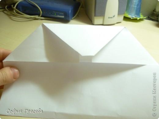 Такая открытка  делается за 5 минут. В этом мк я делала из обычного белого листа просто на показ , но если вы делаете её в подарок то лучше сделать из цветной бумаги. фото 12