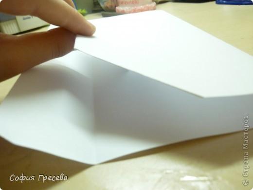 Такая открытка  делается за 5 минут. В этом мк я делала из обычного белого листа просто на показ , но если вы делаете её в подарок то лучше сделать из цветной бумаги. фото 14