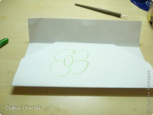 Такая открытка  делается за 5 минут. В этом мк я делала из обычного белого листа просто на показ , но если вы делаете её в подарок то лучше сделать из цветной бумаги. фото 22