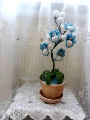 """Наконец закончила орхидею!!!Насмотрелась в нашей стране орхидей и решилась!!!Вдохновила меня работа Евгении""""Мысли"""",ее ирисы,начала делать ирисы и передумала,цвет неподходящий бисера и решилась на орхидею!!Вот что получилось.Я результатом очень довольна!!!Спасибо Евгении за вдохновение!!!Выставляю на Ваш суд !!! фото 19"""