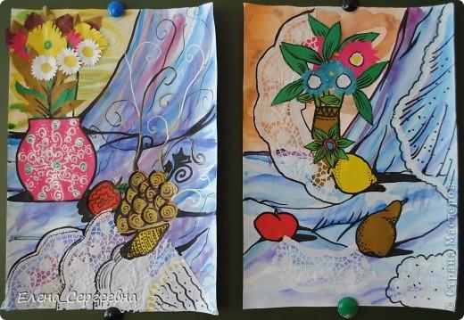"""Натюрморт """"Ваза с цветами"""" (в технике """"объемная аппликация"""" и 2-3 предмета на выбор)  - акварельная заливка  - отделка ажурными салфетками (можно использовать самодельные снежинки-кружева) - аппликация фото 5"""
